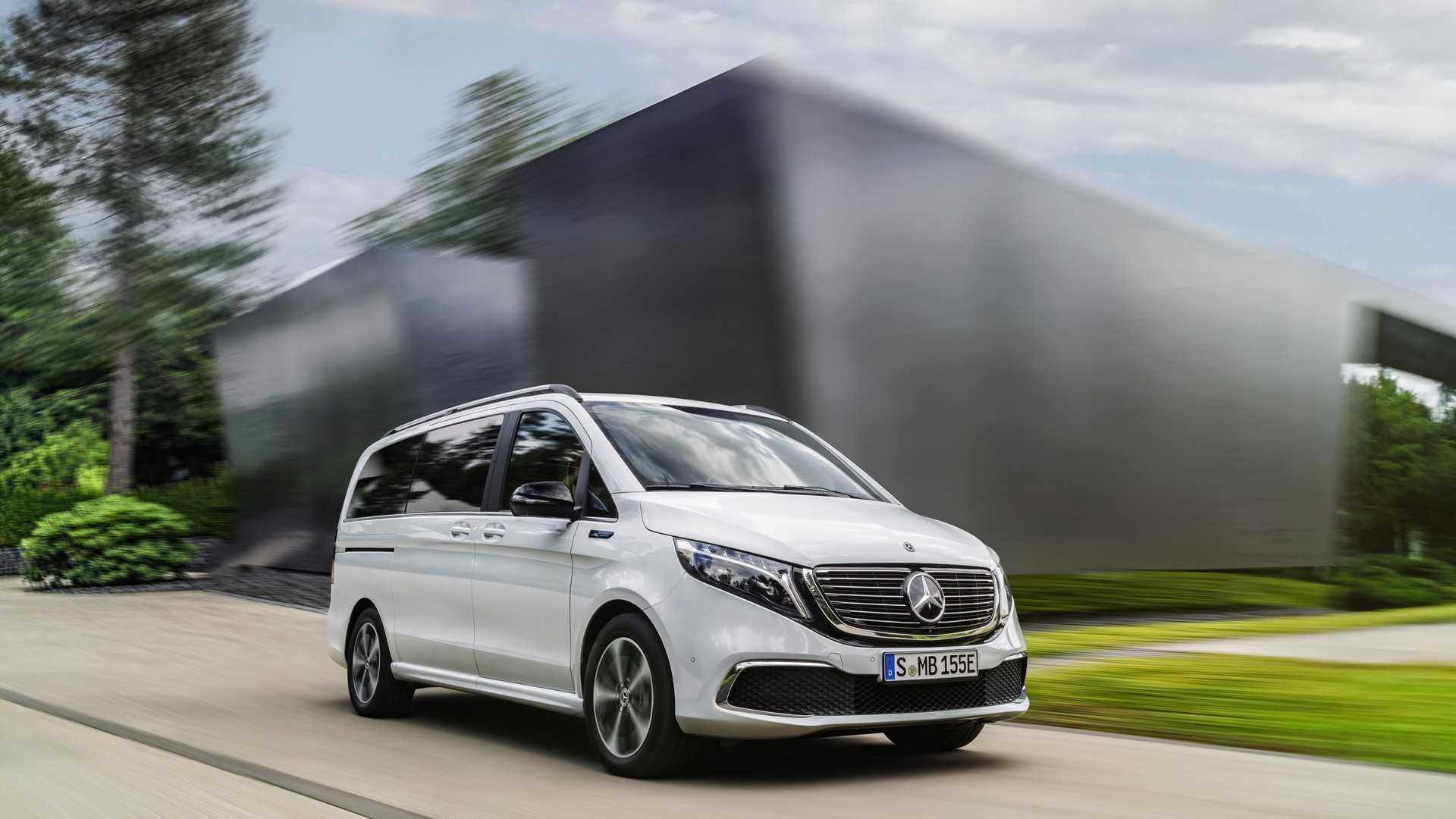Mercedes-Benz представил первый в мире премиальный электровэн 1