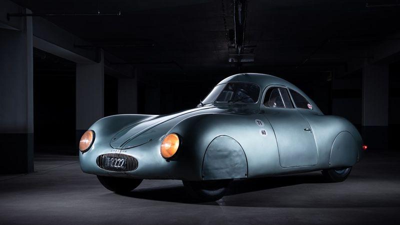 Самый старый автомобиль с надписью Porsche провалился на торгах 1