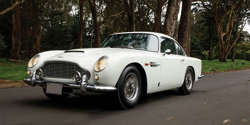 Автомобиль Джеймса Бонда продали на аукционе 1