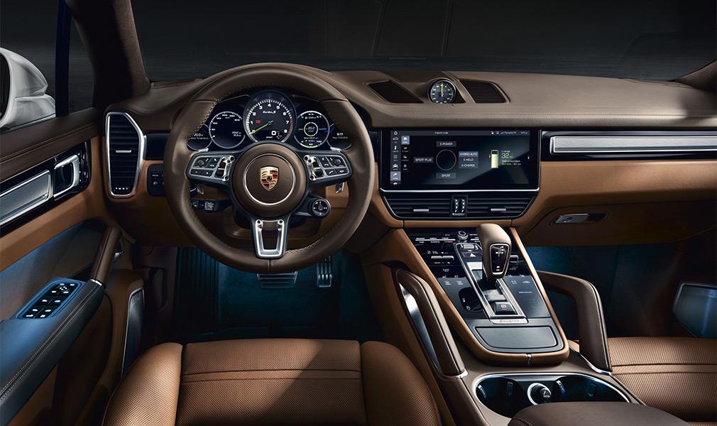 Porsche представила мощнейший Cayenne в истории 3