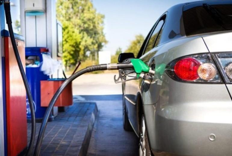 На заправке в Украине залили не то топливо: несет ли ответственность АЗС и стоит ли судиться 1