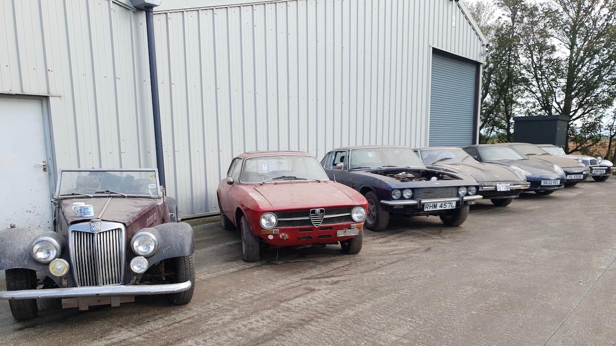В Великобритании продают 135 редких автомобилей, изъятых судом 1