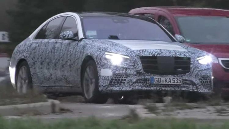 Новый Mercedes-Benz S-Class показался на фото 1