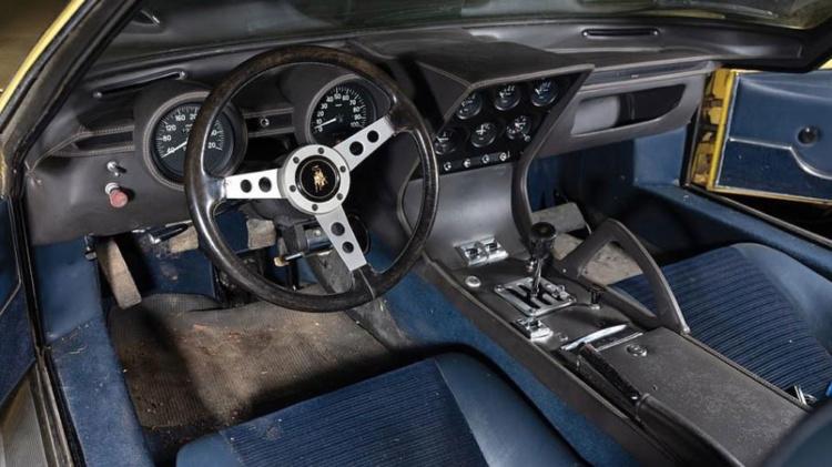 Пылившийся в сарае 50-летнний Lamborghini продали за баснословные деньги 2