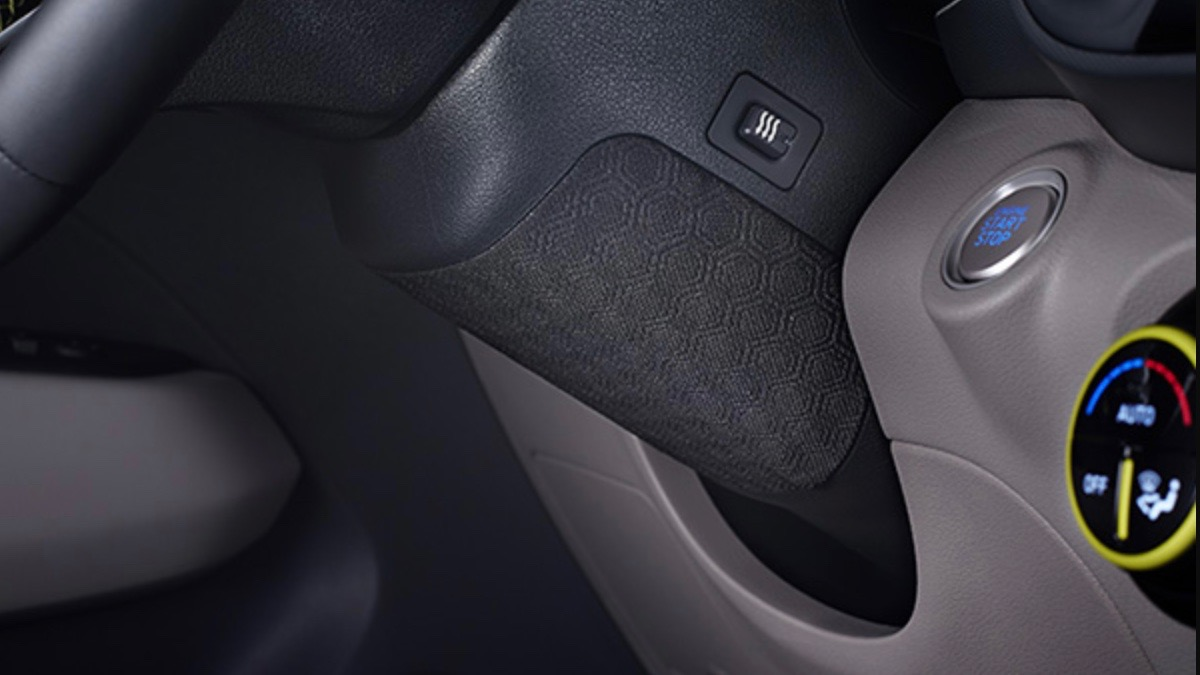 Самый маленький кроссовер Hyundai получил обогрев коленей 1