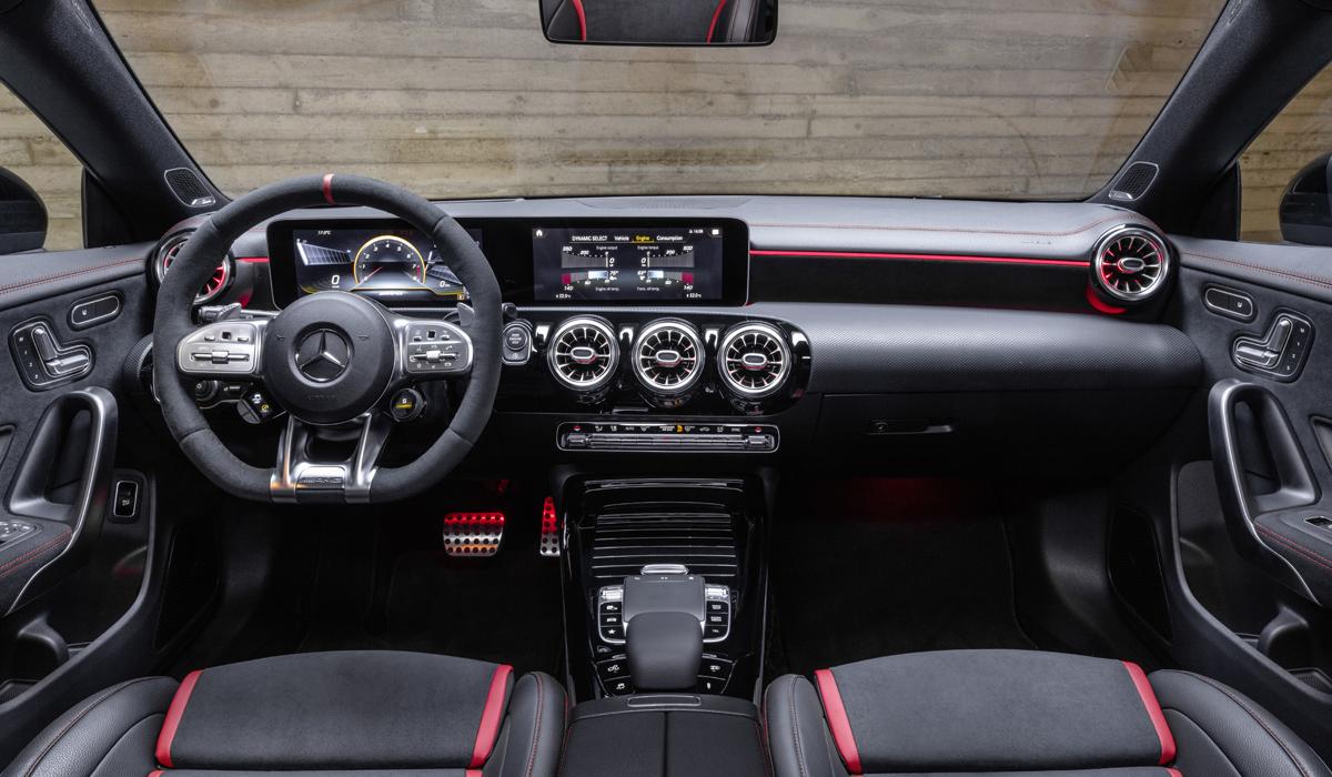 «Заряженный» Mercedes-AMG CLA 45 превратился в универсал 2