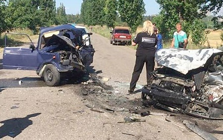 В Николаевской области погиб 10-летний ребенок, который был за рулем автомобиля 1