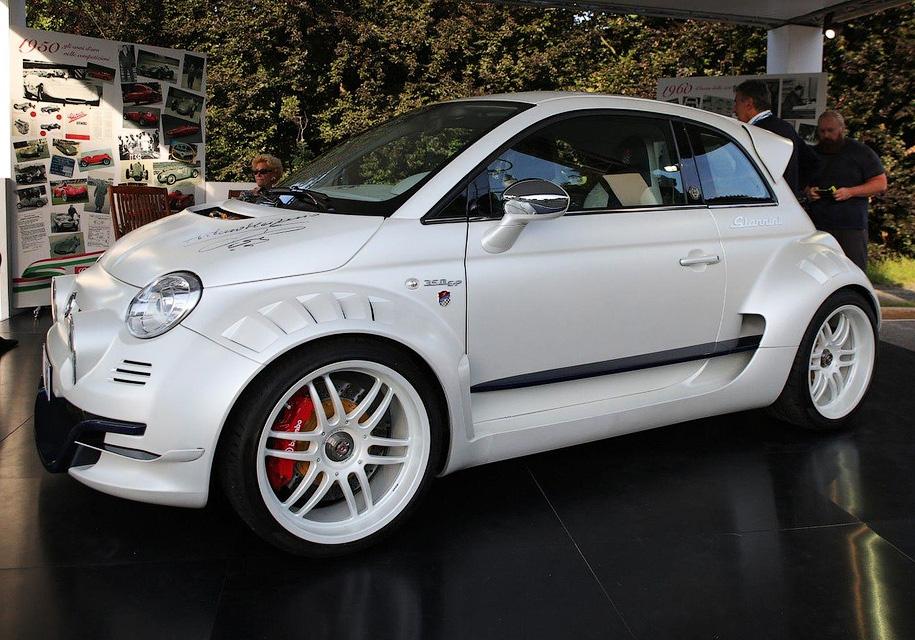 Fiat 500 превратится в заднеприводный суперкар 1