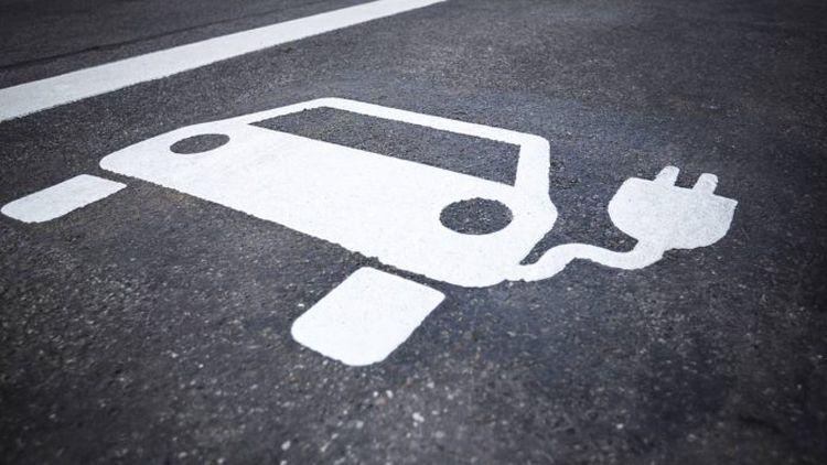 В Украине готовят новый штраф владельцам автомобилей с ДВС 1