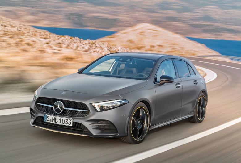 Новый Mercedes-Benz A-Class дебютировал официально 1
