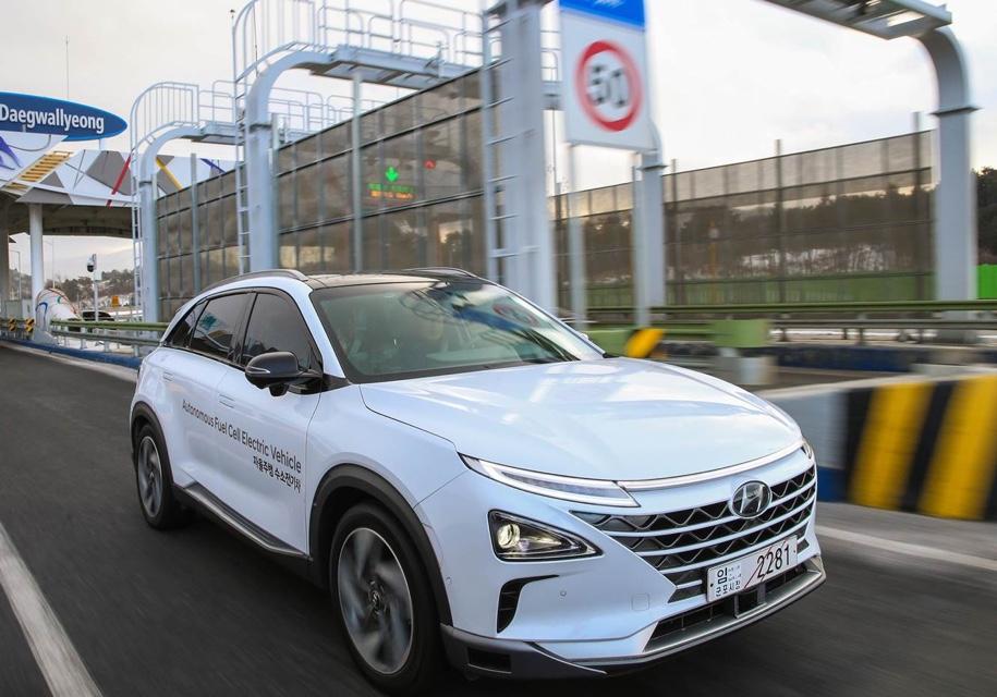 Водородный Hyundai стал «беспилотником» с караоке 1