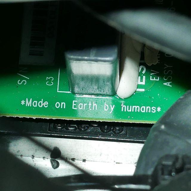 Электромобиль Tesla уже в Космосе 2