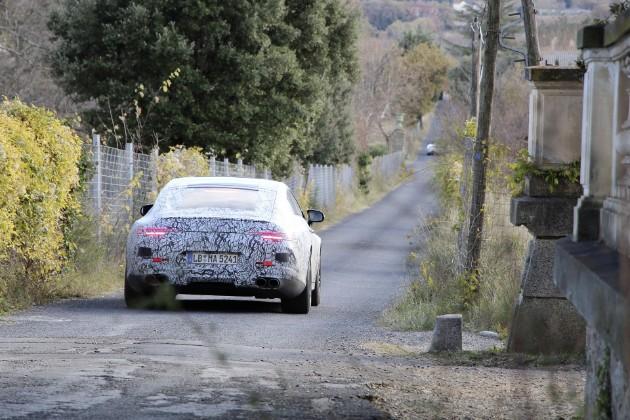 Mercedes-Benz везет в Женеву очень мощную новинку 2