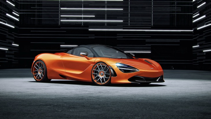 Купе McLaren 720S стало мощнее и стильнее 2
