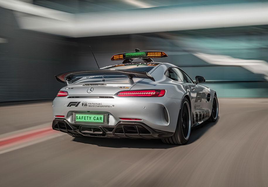 Формула-1 получила самый быстрый и мощный автомобиль безопасности 1