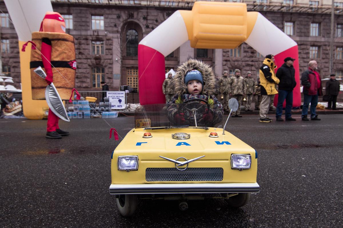 В Украине создан самый маленький бензиновый автомобиль 1