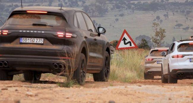 Porsche показала изображения нового гибрида 2