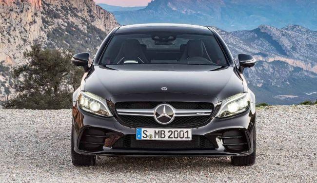 Mercedes-Benz презентует новинки C-класса 1