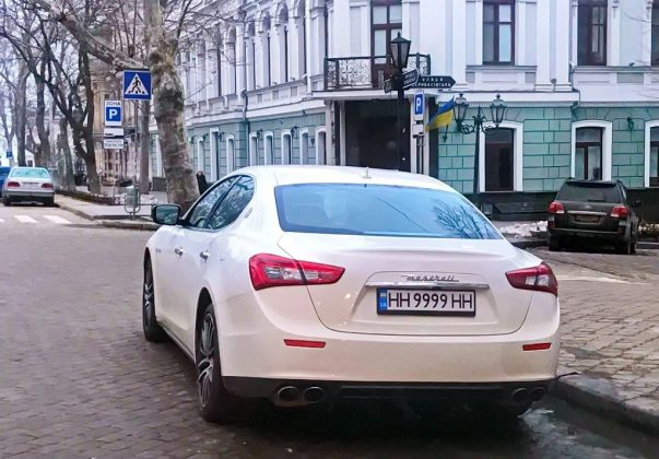 В Украине все чаще замечаются новые автомобильные номера 2