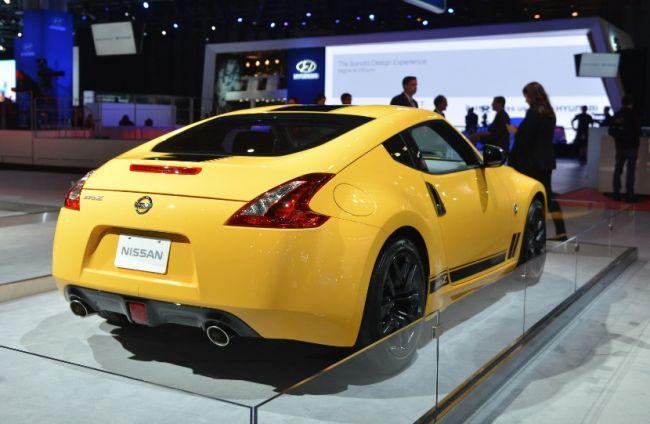 Nissan презентовал рестайлинговый спорткар 400Z 1