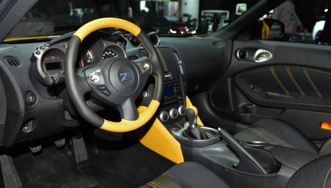 Nissan презентовал рестайлинговый спорткар 400Z 2