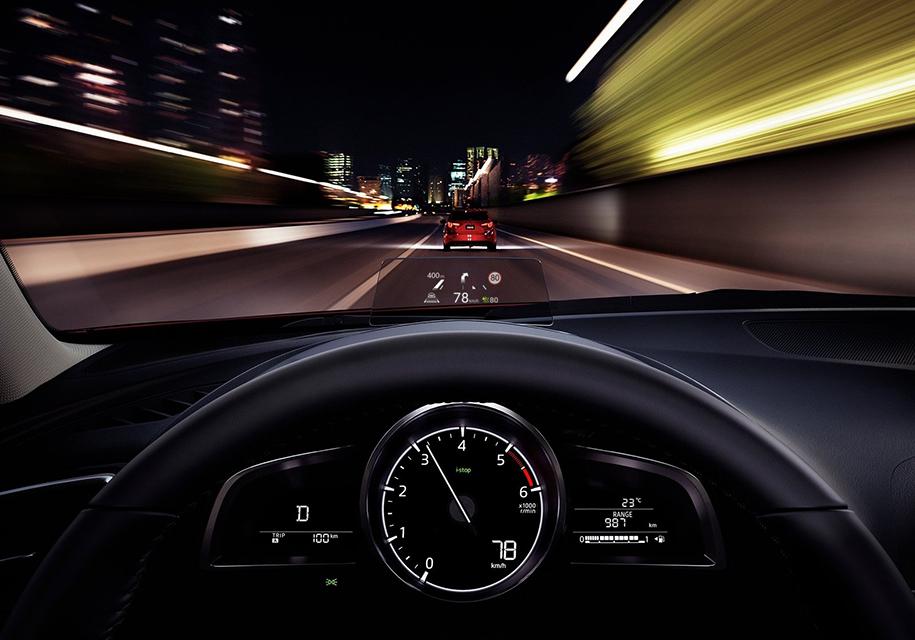 Mazda3 получит цифровую приборную панель 1