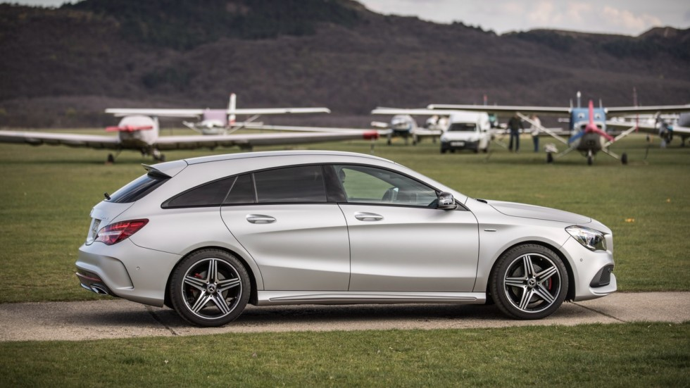 Mercedes-Benz выпустит семиместный компакт 2