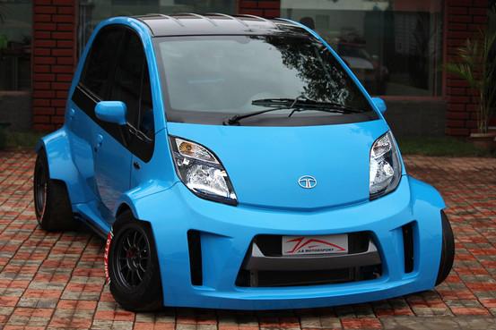 Самый дешевый в мире автомобиль превратился в трекового «монстра» — в разделе «Звук и тюнинг» на сайте AvtoBlog.ua