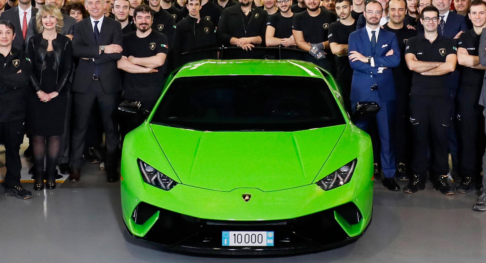 Lamborghini выпустила 10-тысячный Huracan 1
