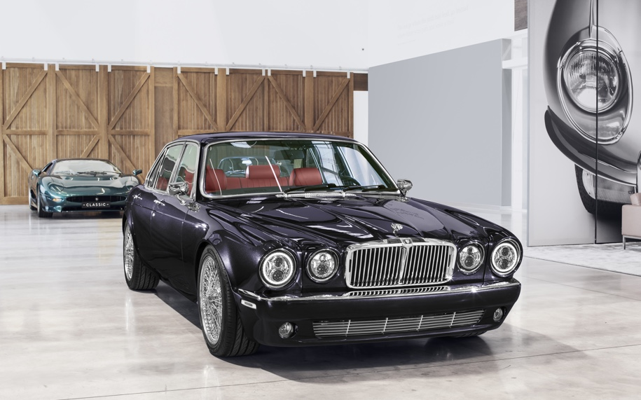 Для барабанщика известной рок-группы построили особый Jaguar 3