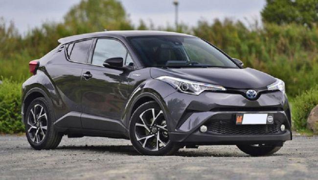 Новый кроссовер Toyota IZOA выходит на автомобильный рынок 1