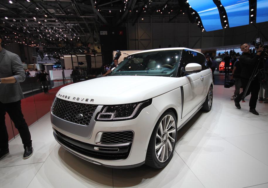 Трехдверный Range Rover удивляет динамическими характеристиками 1