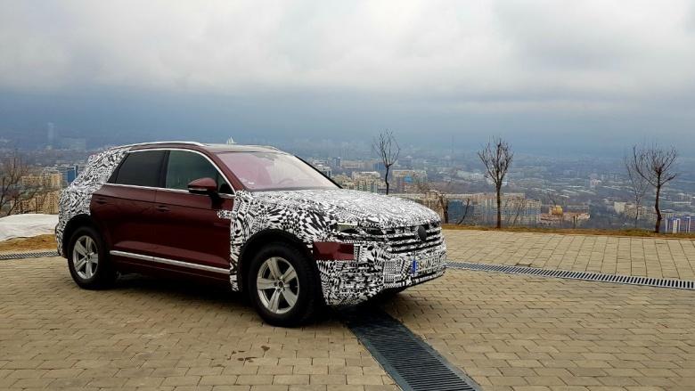Новый Volkswagen Touareg замечен на тестах в Казахстане 1