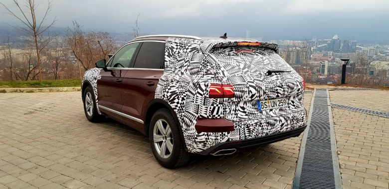Новый Volkswagen Touareg замечен на тестах в Казахстане 2