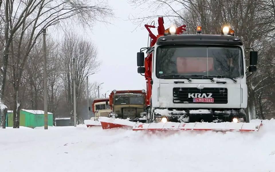 Как необычные «КрАЗы» боролись со снегом на дорогах 1