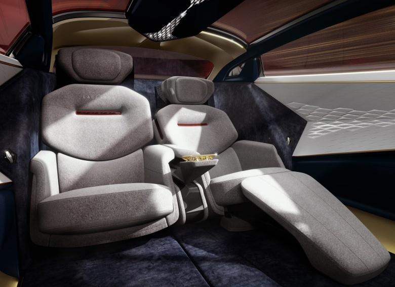 Lagonda попрощалась с ДВС 3