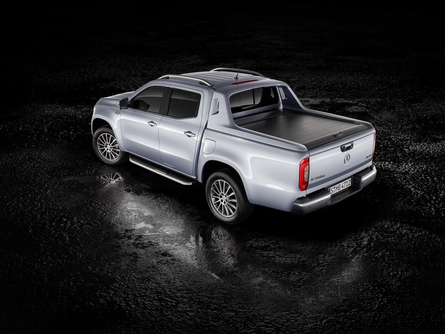 Mercedes-Benz рассекретил дизельный пикап 2
