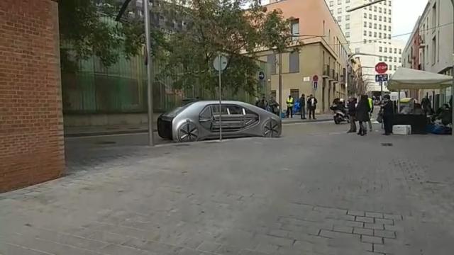 На дорогах заметили самый необычный Renault 1