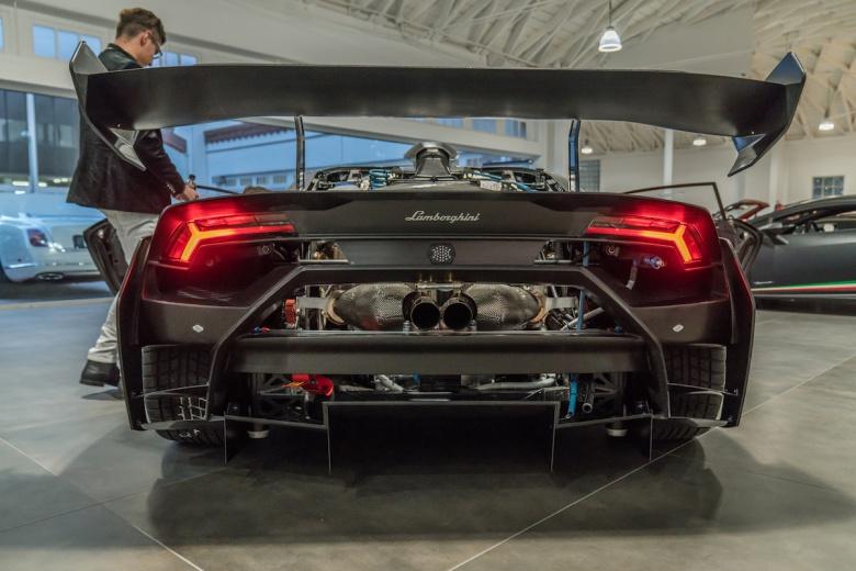 Первым владельцем гоночного Lamborghini стал школьник 3