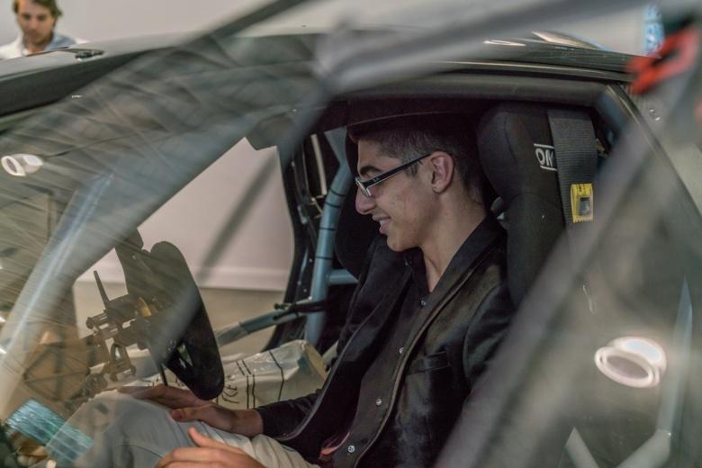 Первым владельцем гоночного Lamborghini стал школьник 2