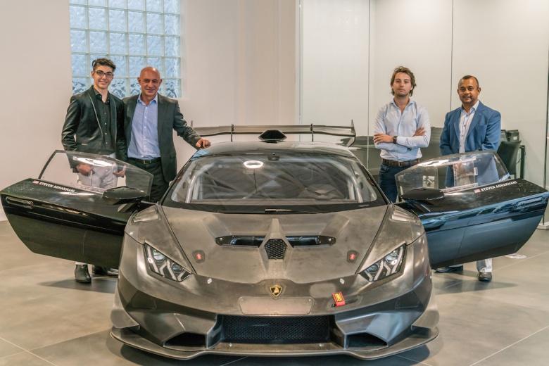 Первым владельцем гоночного Lamborghini стал школьник 1
