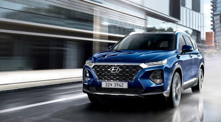 Hyundai официально представил новый Santa Fe 2