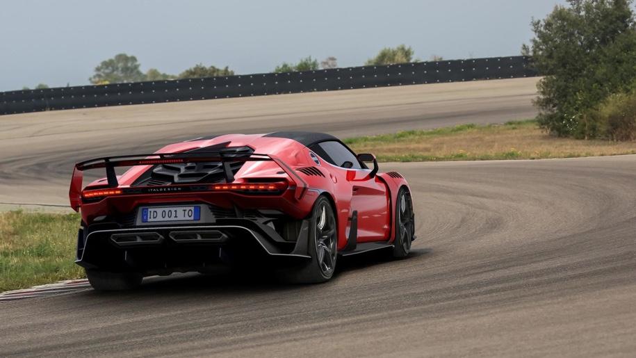 Суперкар за 1 500 000 евро остался без крыши 2