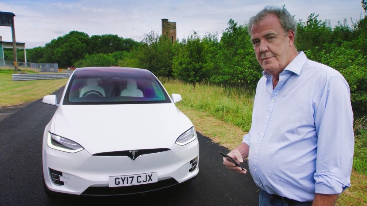 Джереми Кларксон протестировал Tesla Model X 1
