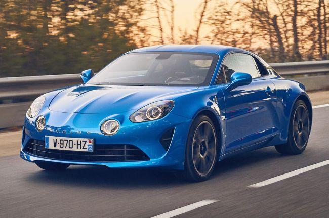 Названы самые красивые автомобили минувшего года 1