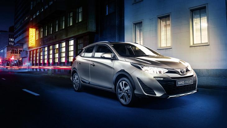 Компактный Toyota Yaris стал «кроссовером» 1