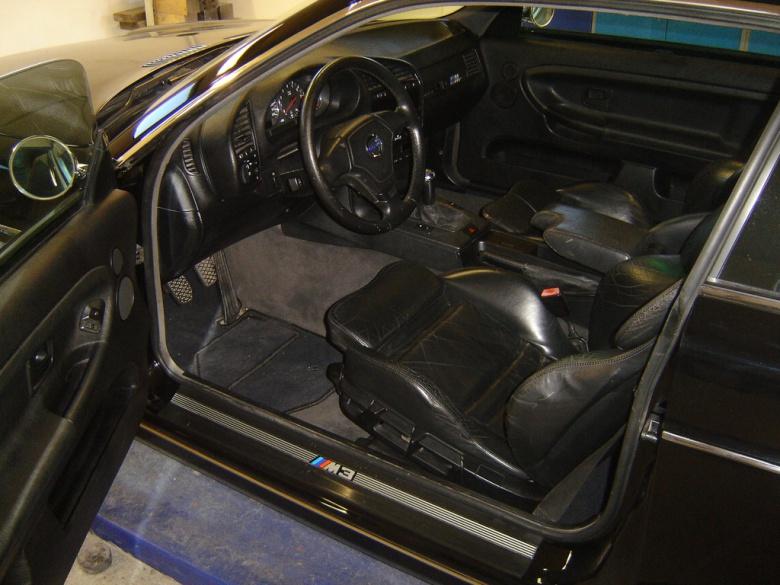 Из старого BMW сделали классический Volvo 3