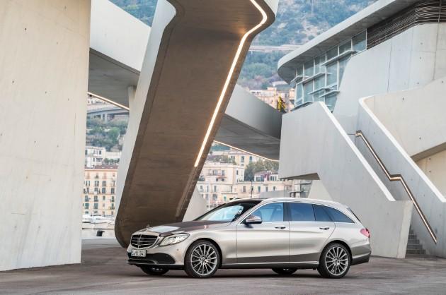 Mercedes-Benz представил обновленный C-Class 3