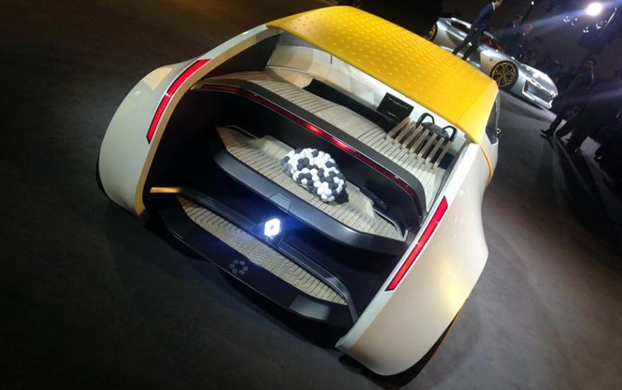 Компания Renault презентовала концепт с деревянными сиденьями 1