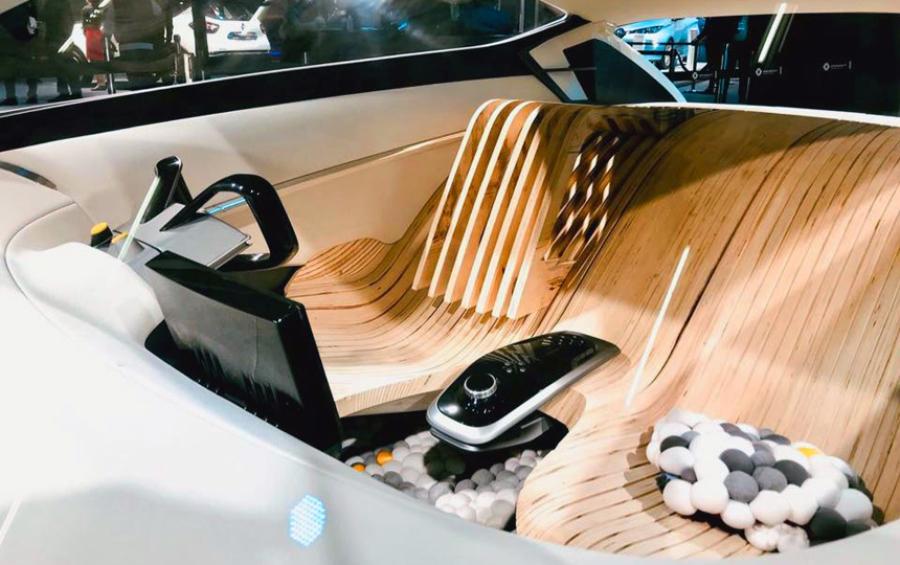 Компания Renault презентовала концепт с деревянными сиденьями 2